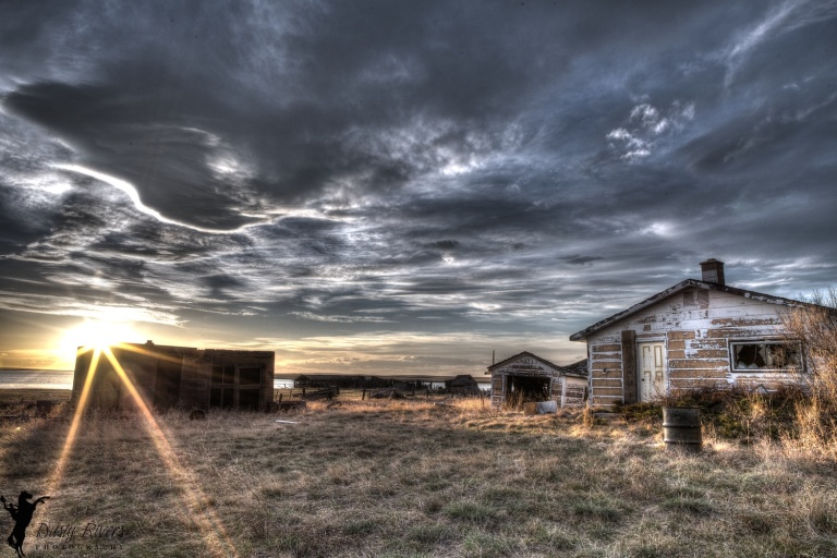 Abandoned Farm, HDR, Sunset, Hussar, Alberta, Dusty Rivers Phtography, dustyriversphotography.com