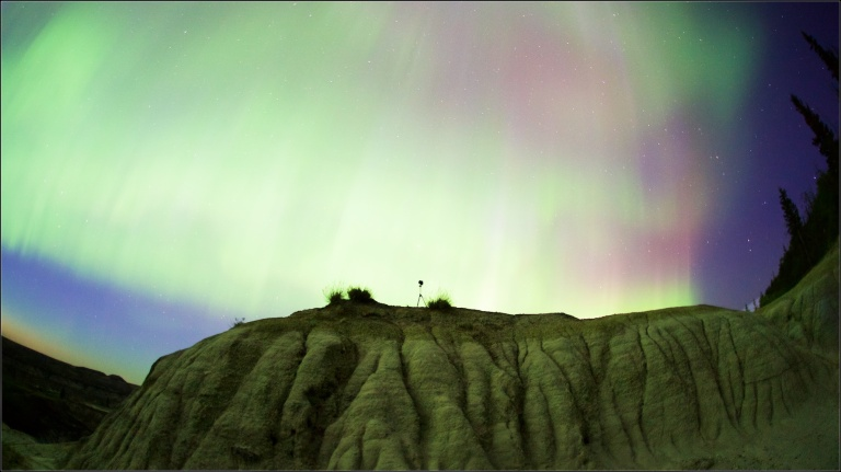 Horseshoe Canyon 3, Drumheller, northern lights, night time, yyc, Horseshoe Canyon Series, Dusty Rivers Photography, dustyriversphotography.com