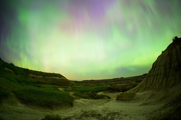 Horseshoe Canyon, Drumheller, northern lights, night time, yyc, Horseshoe Canyon Series, Dusty Rivers Photography, dustyriversphotography.com