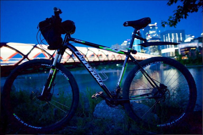 Cannondale Mountain Bike, Trail 1 cannondale, peace bridge, downtown Calgary, night shot, YYC, Dusty Rivers Photography, dustyriversphotography,com