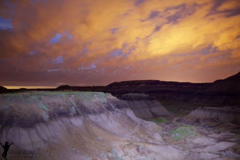 Horseshoe Canyon, Drumheller, night shot, clouds, YYC, Dusty Rivers Photography, dustyriversphotography,com