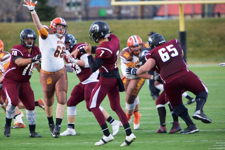 Calgary High School Senior Boys Football, Henry Wisewood vs St Francis 5, Shouldice Field, Calgary, Ab., YYC, Dusty Rivers Photography, dustyriversphotography.com